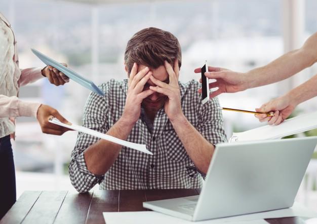 El estrés puede en ciertos casos incluir reacciones como
